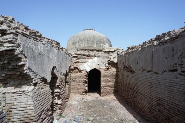 Historical Building with two domes, Thatta